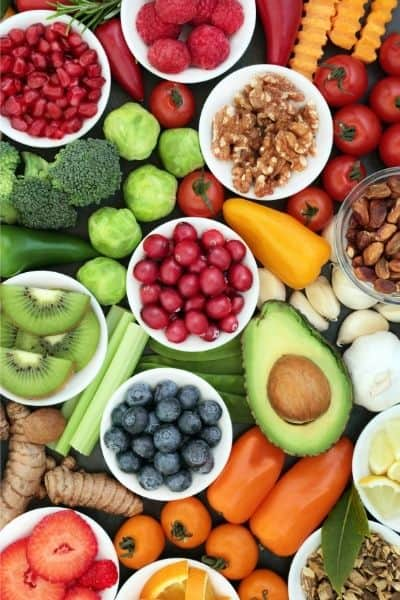 Eating healthy foods combats the effects of stress on your body DiscoverCreateInspire.com