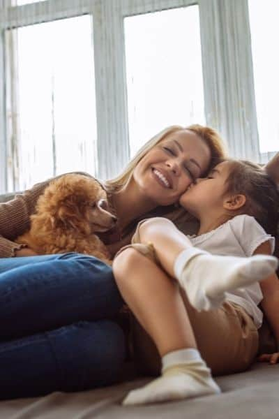 physical touch and intimacy help us cope with stress. DiscoverCreateInspire.com
