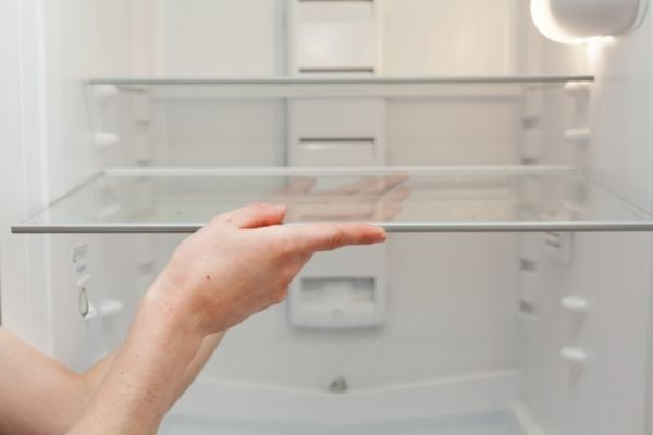 How to clean and disinfect your refrigerator or freezer and remove bad odors. DiscoverCreateInspire.com